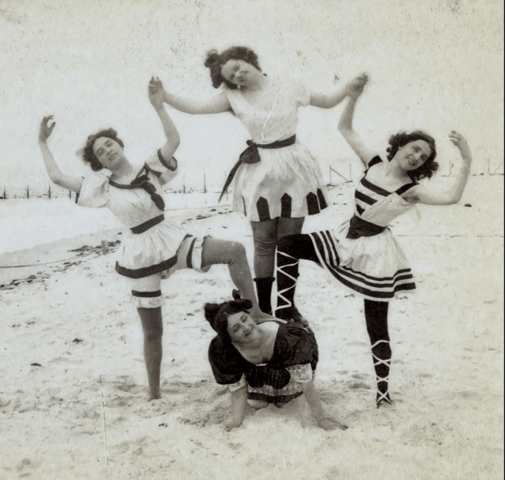 Vacation sports at the seaside, 1897