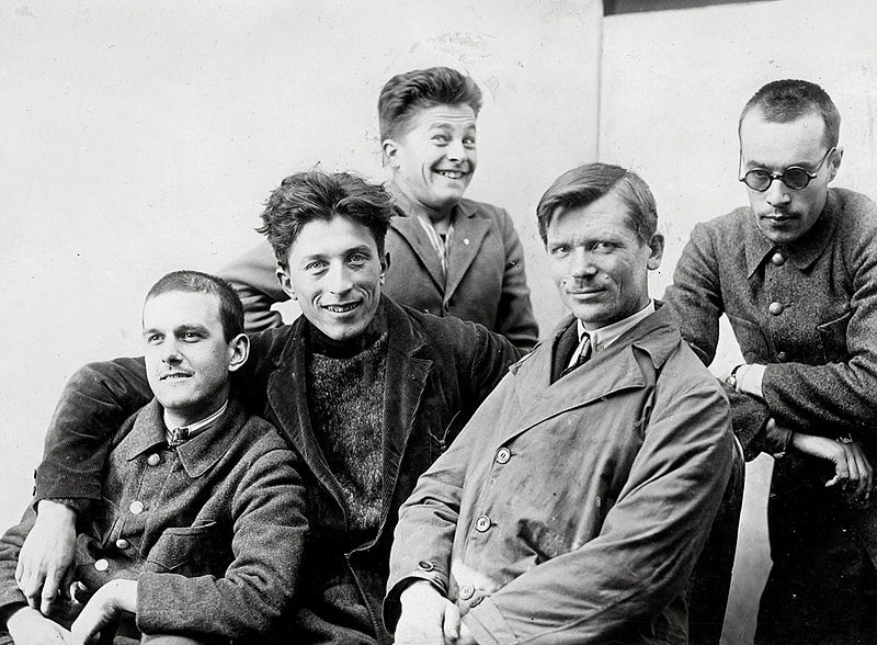 Bulgarian photobomber, 1926