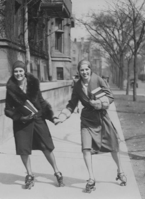 Roller skating to class, 1930 University of Chicago.