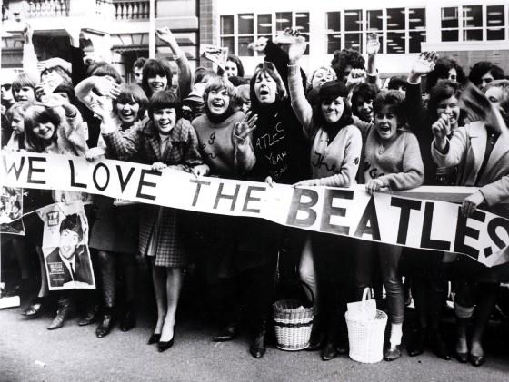 beatlemania-we-love-the-beatles
