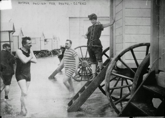 victorian-bathing-machines-van (1)