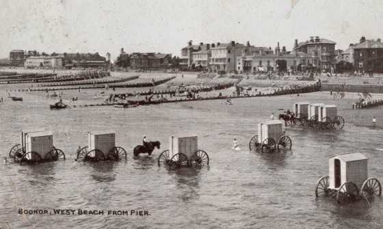 victorian-bathing-machines-van (3)
